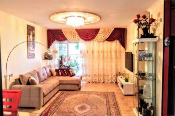 """למכירה בשכ' שמשון,דירת גן 3 חד' עם ממ""""ד .דירה מושקעת ומרווחת .גינה מרוצפת ומוצלת כ25 מ""""ר"""