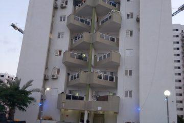 """בברנע, רח' משה שרת, דירת 4 חד' מרווחת עם מעלית, ממ""""ד ומרפסת שמש. קומה 4 מתוך 9, מחסן פרטי, בניין מטופח במיקום שקט ונוח. מחיר: 1230000 ש""""ח."""